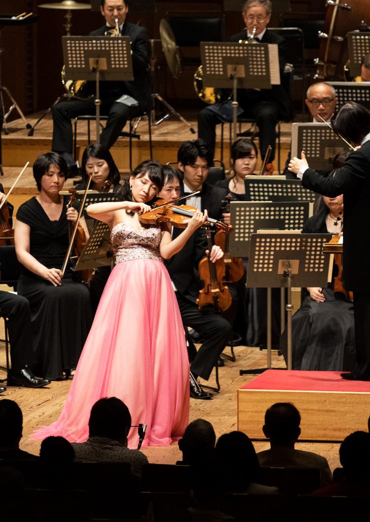 ヴァイオリニスト尾池亜美 Violinist Ami Oike
